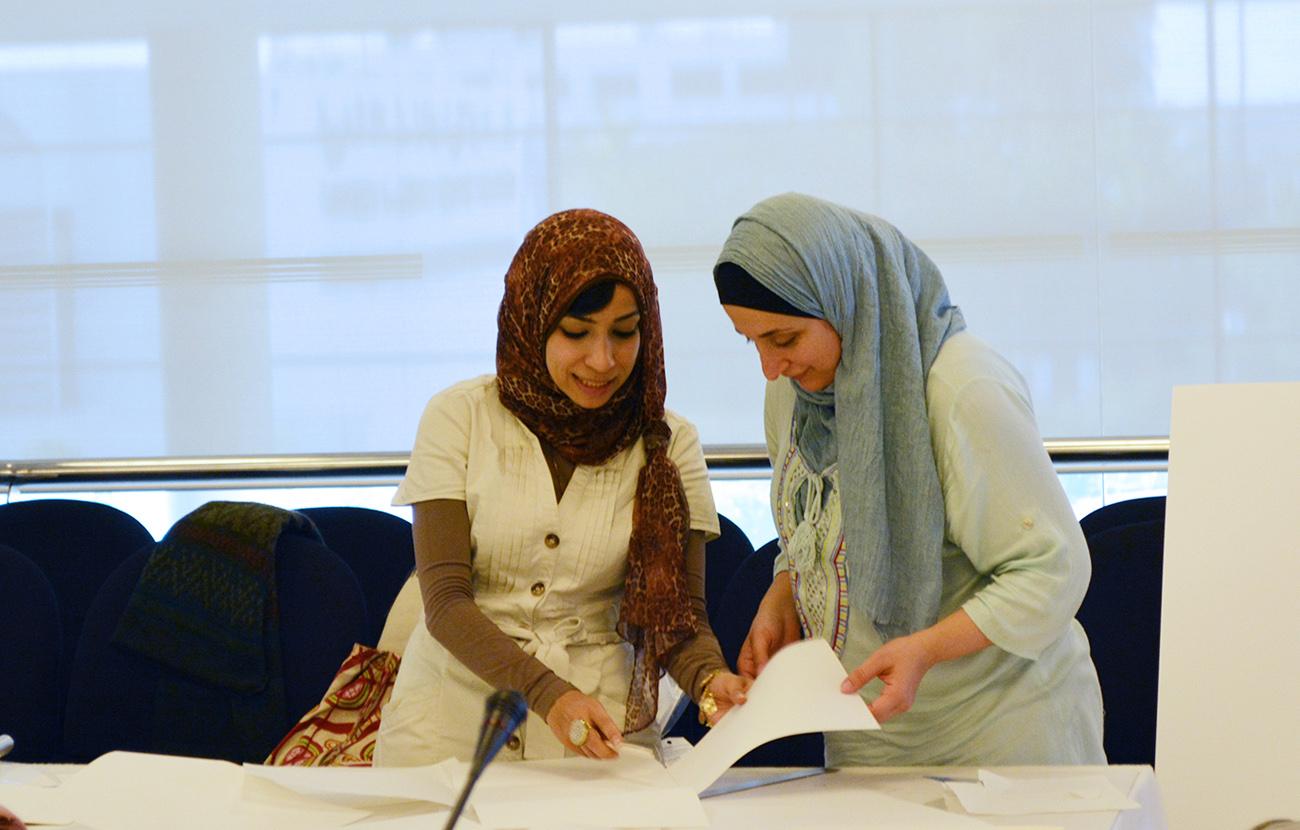 Assisting a MEPPI course participant