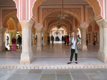 AUDIO: Sarah McPhee – Postcard from India 1