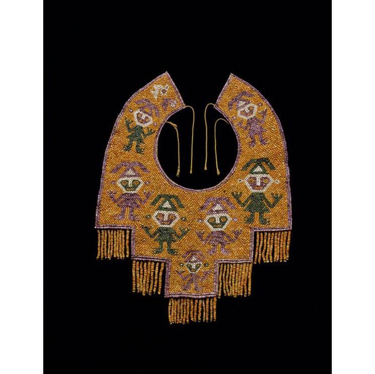 Collar, AD 1000–1470, Chimu. Shell, malachite on cotton cord, 16 15⁄16 × 13 3⁄8 in.
