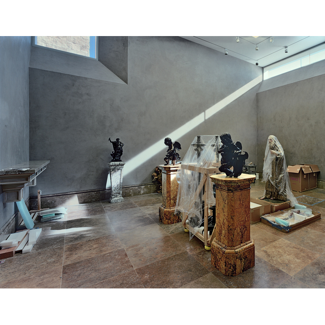 <em/>Neoclassical Sculpture Gallery, J. Paul Getty Museum, 1997, Robert Polidori. Chromogenic print, Image: 16 3/8 × 21 1/2 in., Sheet: 18 3/4 × 23 3/4 in. Courtesy of the artist in conjunction with The Lapis Press. © Robert Polidori