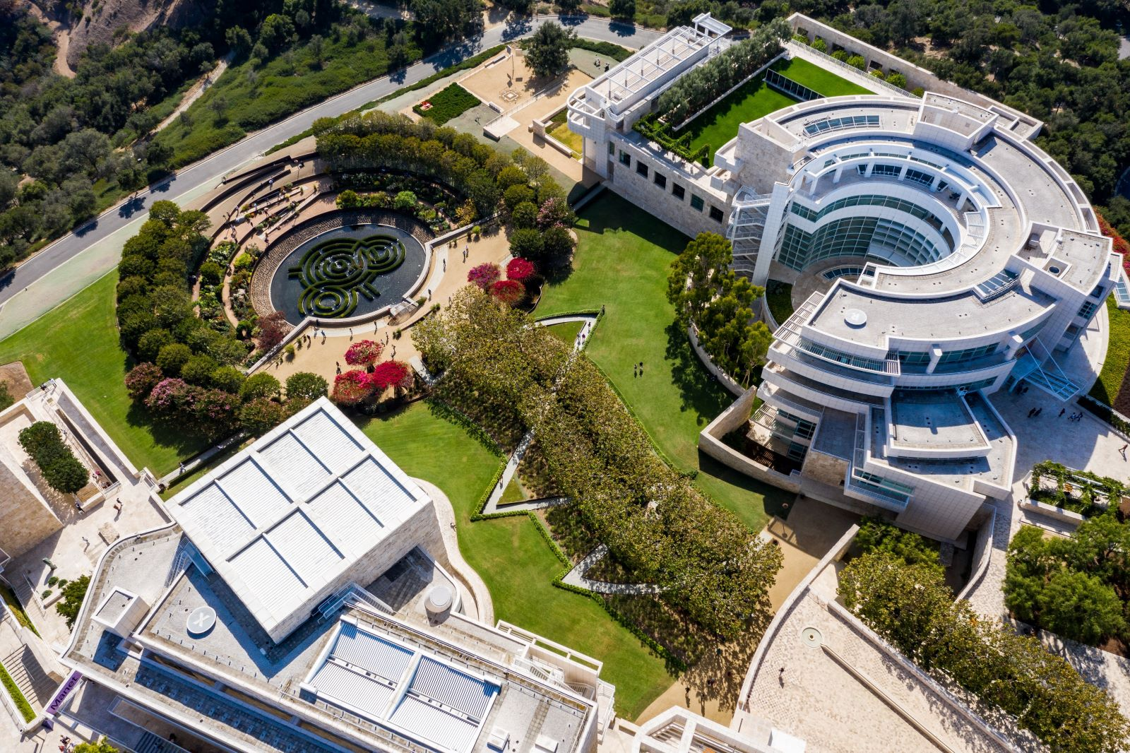 Aerial view of the Central Garden, Research Institute and Museum special exhibition space.