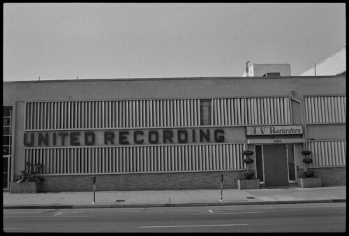 How Bossa Nova Brought Frank Sinatra to This Sunset Blvd. Studio